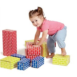 Briques géantes en carton