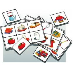 Lot 1er âge nourriture/habits/jouets/ustensiles